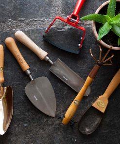 Градинска техника и инструменти